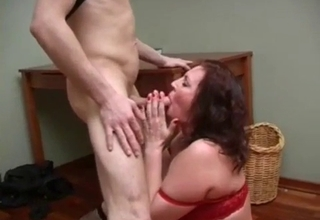Redhead gets to suck this thick cock