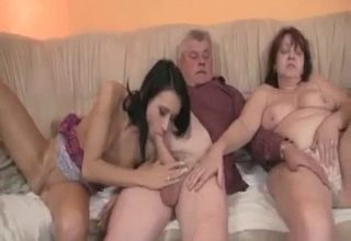 Amazing three-way with her parents