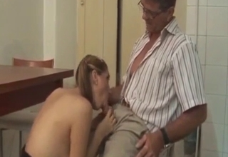 Pigtailed chick worships dad's dick