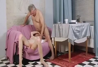 Blonde blows her kinky-ass father