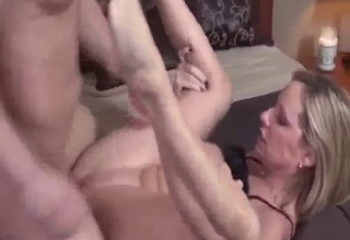 Dude fucking his slutty blonde relative