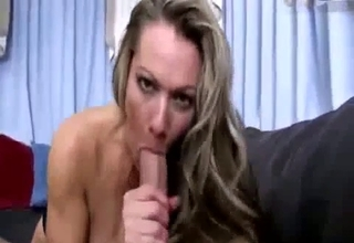 Blond-haired mommy gets violated