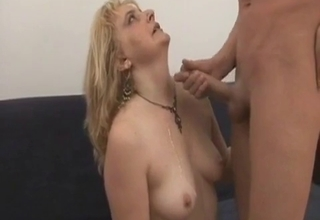 Anal penetration for a sexy-ass blonde